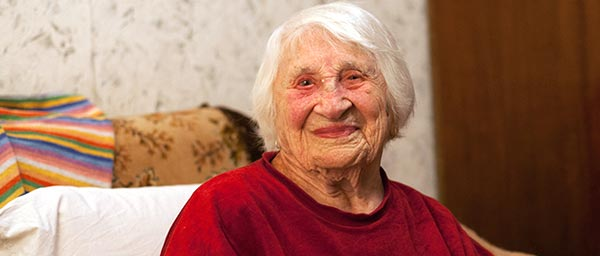 Dvoira is 101 years old and originally from Glukhovo, Ukraine. She receives services from the Jewish Community of Tallinn, including homecare, a food card and medicine funded with a grant from the Claims Conference to care for Nazi victims.