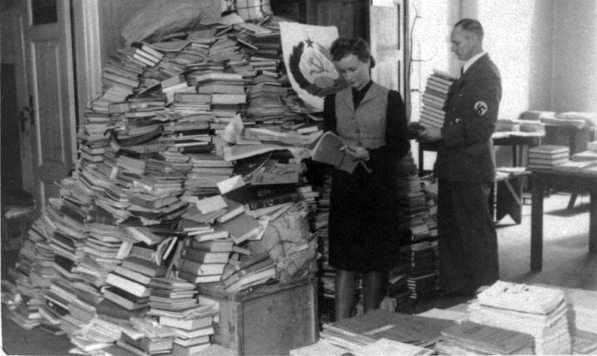 Documenting ERR Looted Libraries