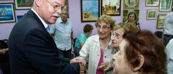German Ambassador, Dr. Clemens von Goetze, visits Claims Conference agencies in Israel
